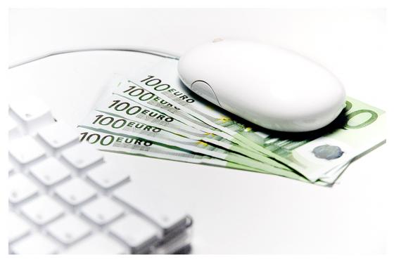 Atentos al SII en 345 días. Factura electrónica y el nuevo sistema de IVA online.